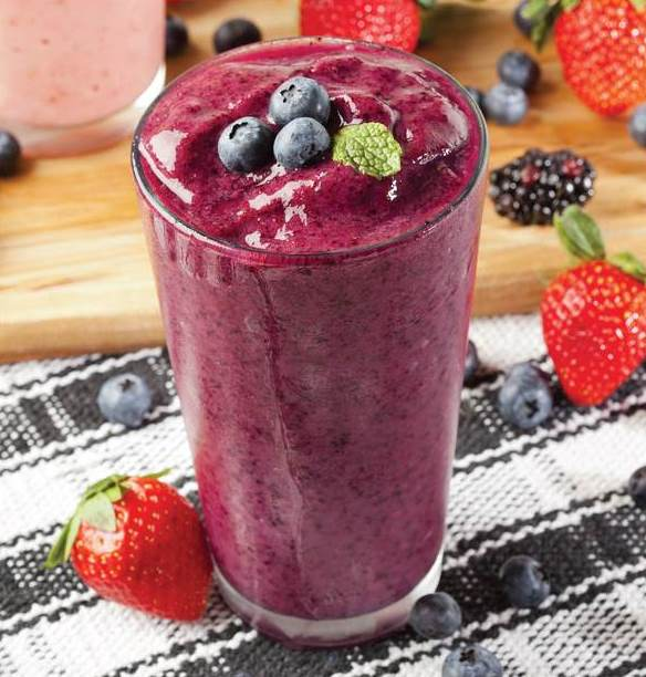 Pretty-Potion-Berry-Smoothie